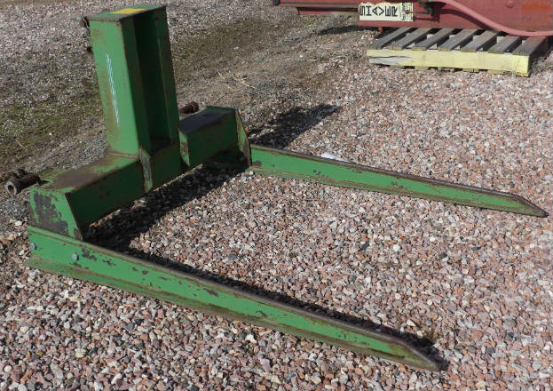 Used 3pt. bale mover