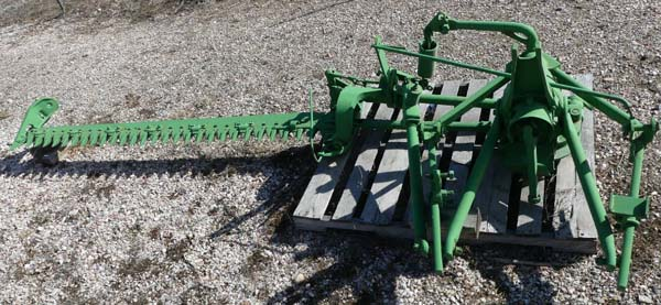Used - John Deere - Model 9, 3 pt. 7 foot Sickle Mower.  						Reconditioned in our shop.