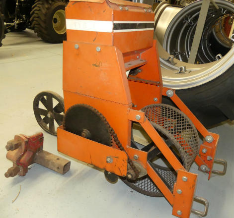 Used Tye Jr. Planter with toolbar/Perfect for your garden tractor