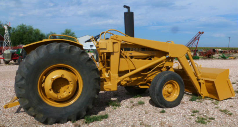 Used - Ford 4400 loader tractor -- 1971-72, 52HP, New engine, Radiator rebuilt, New input side of transmission, Power steering, 						    Independent PTO